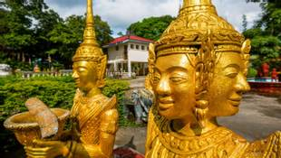 Wat Krom is one of the popular tourist attractions in Sihanoukville. The city of Sihanoukville is a port city on the Gulf of…