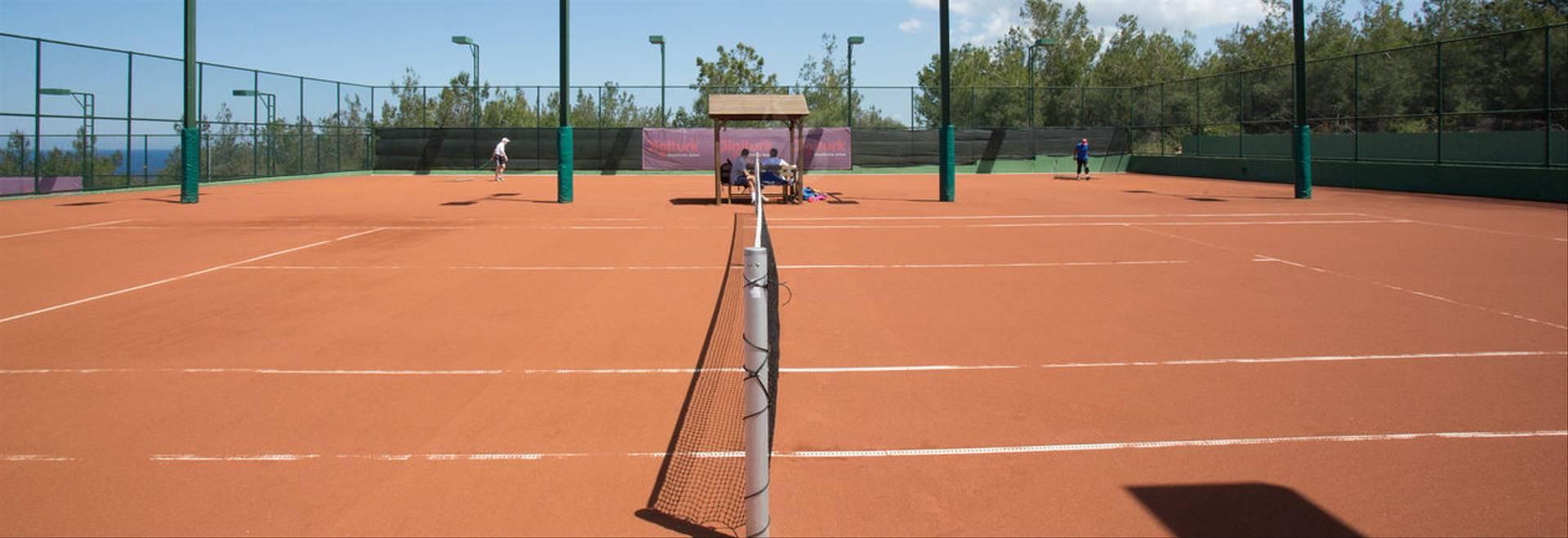 Tennis court in Korineum Golf & Beach Resort