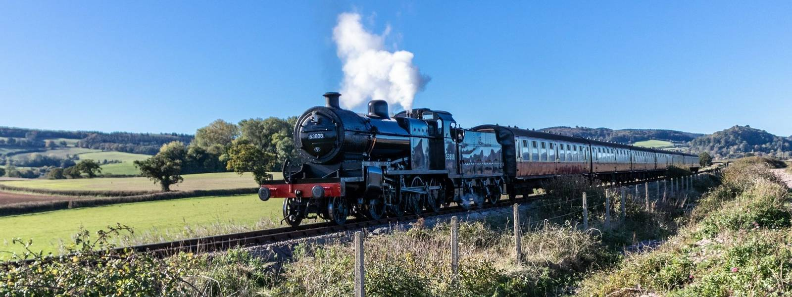 Selworthy - West Somerset_Railway- AdobeStock_236000897.jpeg