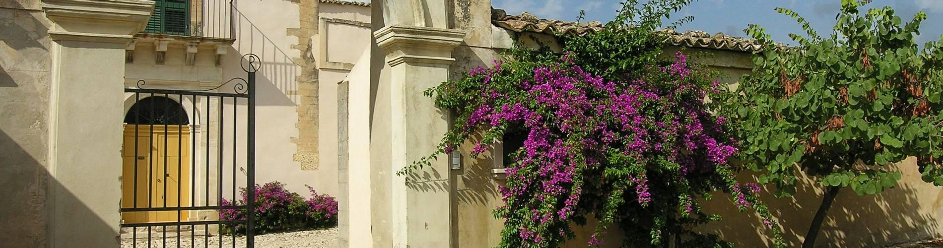 Villa Alfredo, Sicily, Italy (7).JPG