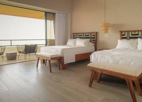 lapazul-retreat-room-3-600x398.jpg