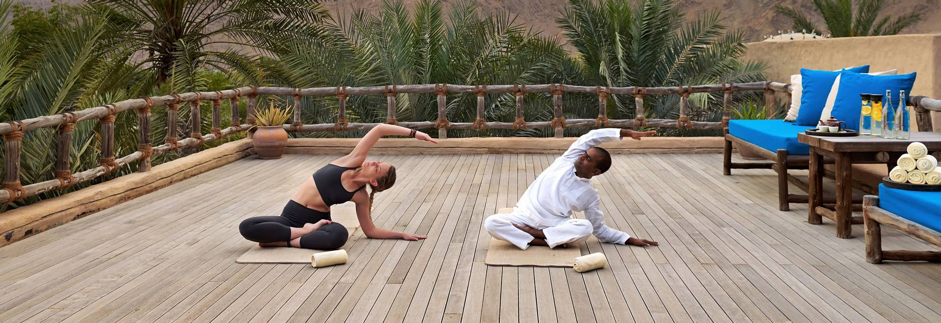 Yoga_at_spa4_[6970-A4].jpg