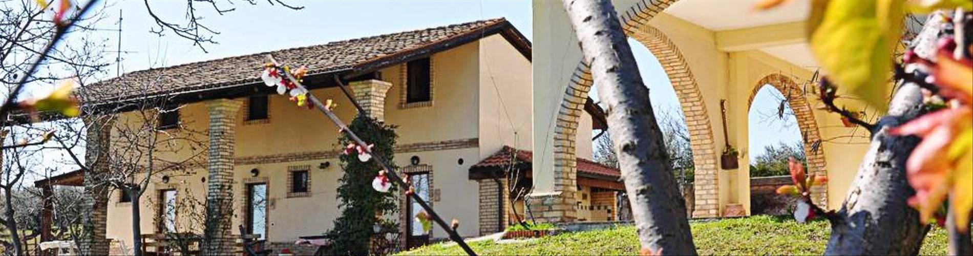 Il Grappolo, Abruzzo, Italy (3).jpg