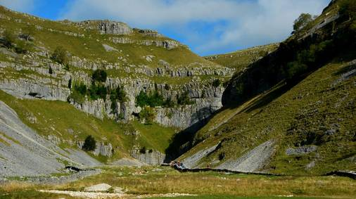 5-Night Southern Yorkshire Dales Tread Lightly Guided Walking Holiday