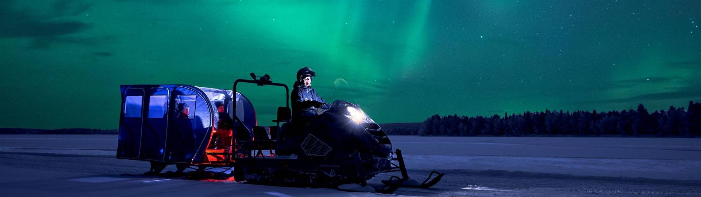 Aurora Hunt Snowtrain.jpg