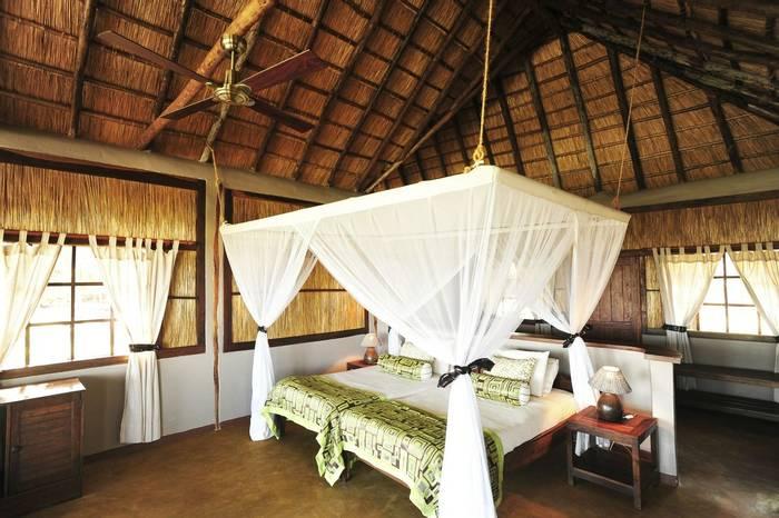 Kafunta River Lodge (40).jpg