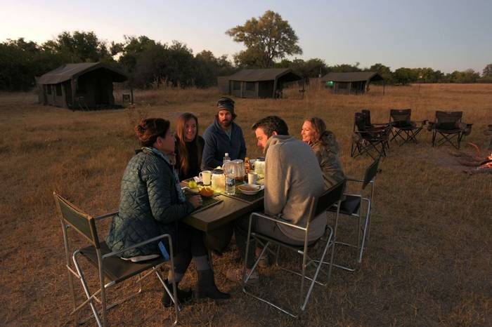 Camp Breakfast Al Fresco (Letaka Safaris)