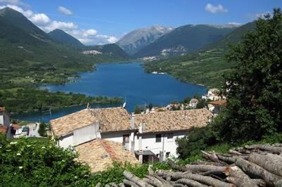 Abruzzo by Lee Morgan