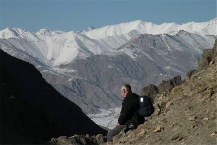 Scenic rest point in Ladakh (Gerald Broddelez)