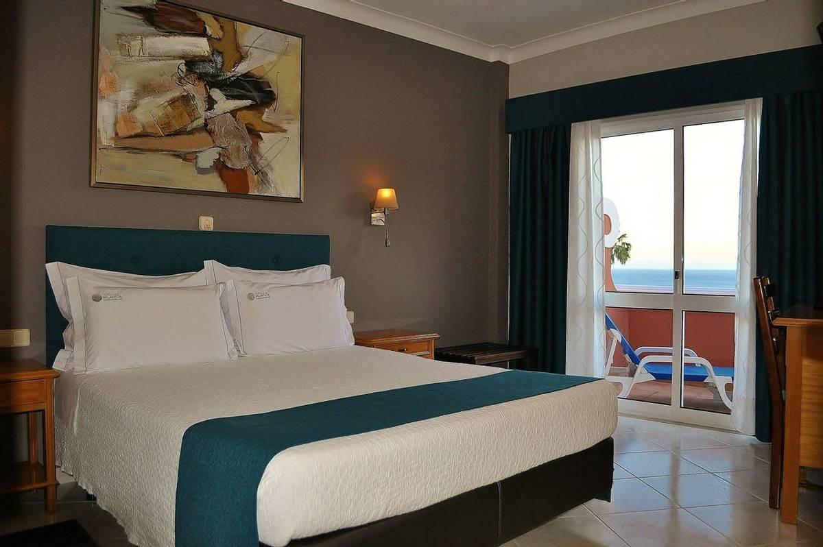 Hotel Belavista - suite-02_25338175153_o.jpg