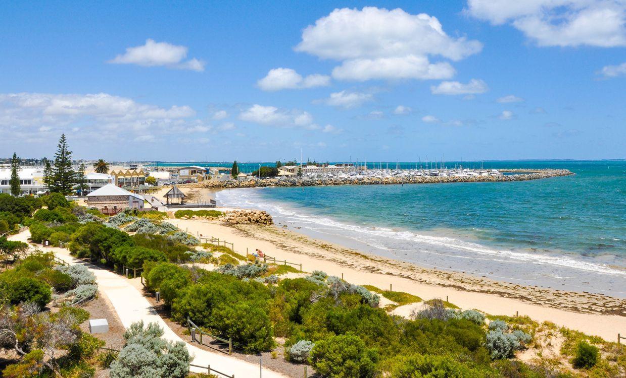 itinerary-banner-fremantle-western-australia-bathers-beach.jpg