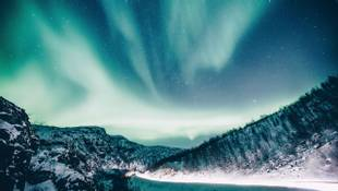 GettyImages 700828935 Seek Out The Northern Lights