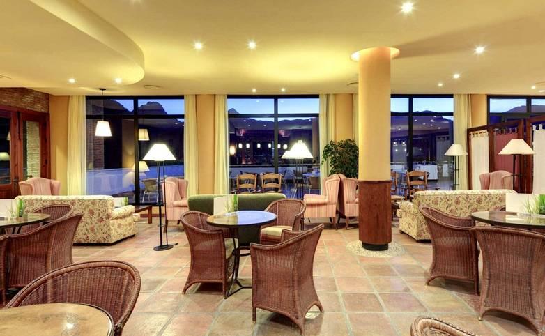 Spain - Andalucia - Hotel Fuerte Grazalema -14-fuerte-grazalema-bar-noble.jpg