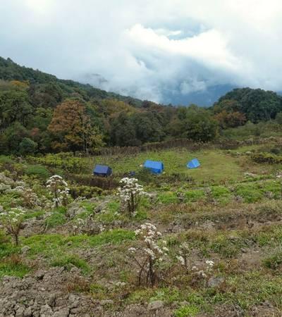 Taktsekha camp (2,810m)