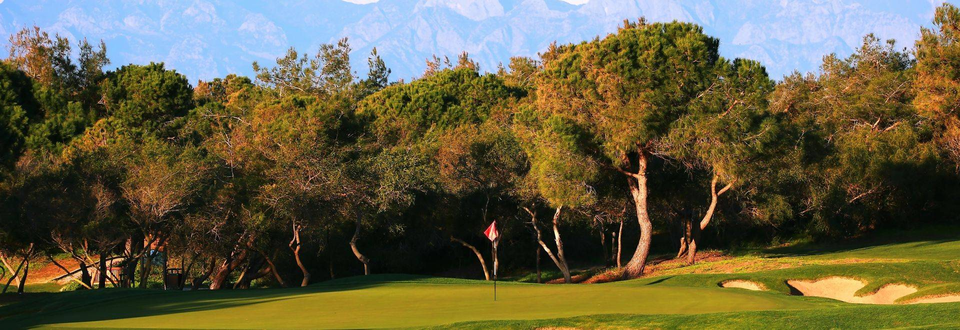 Titanic Golf Club 03