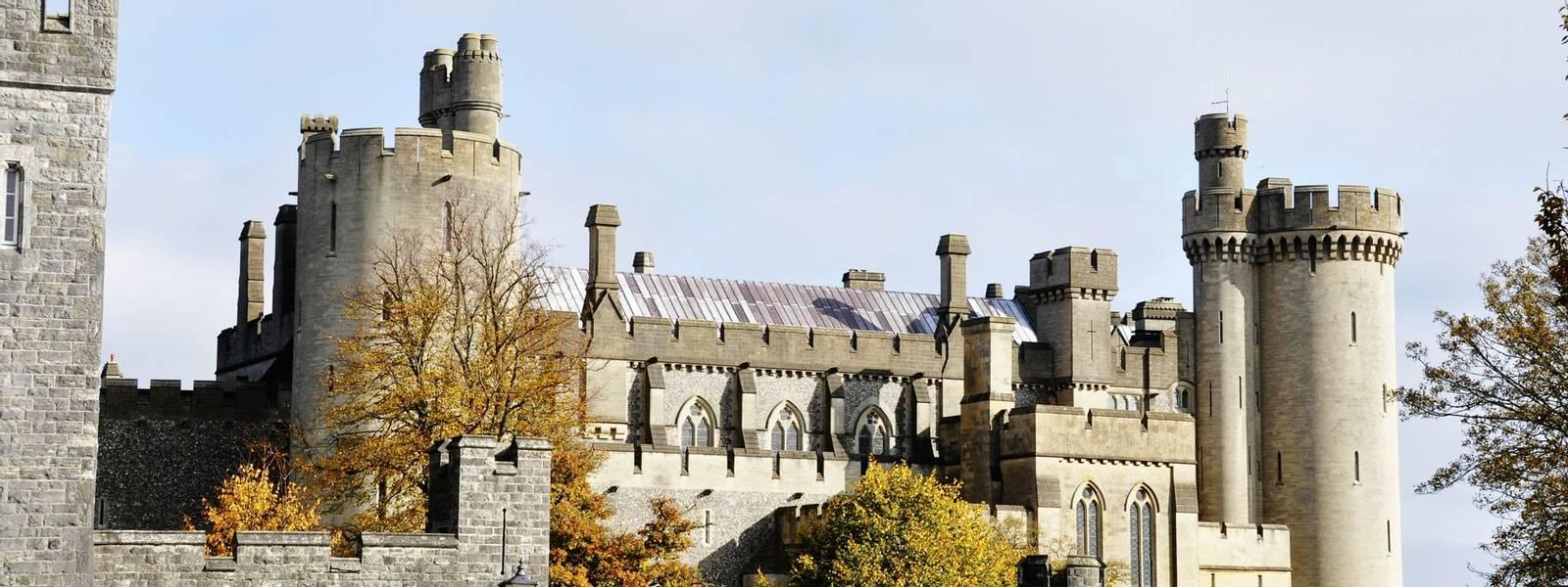 South_Downs_Arundel_Castle_Autumn_AdobeStock_27573310.jpeg