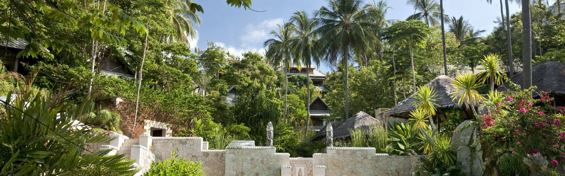 Kamalaya-scenic-pool-view.jpg