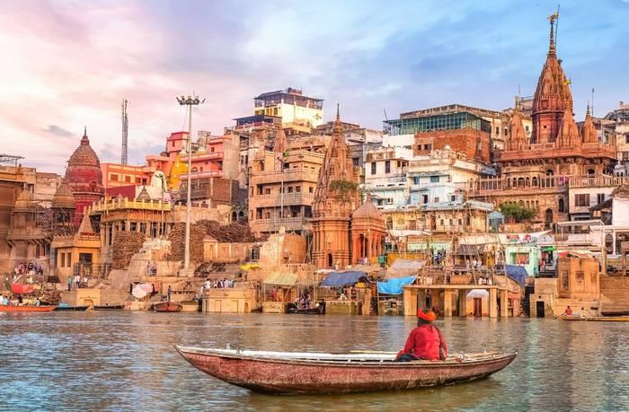 Varanasi, India shutterstock_1402206599.jpg