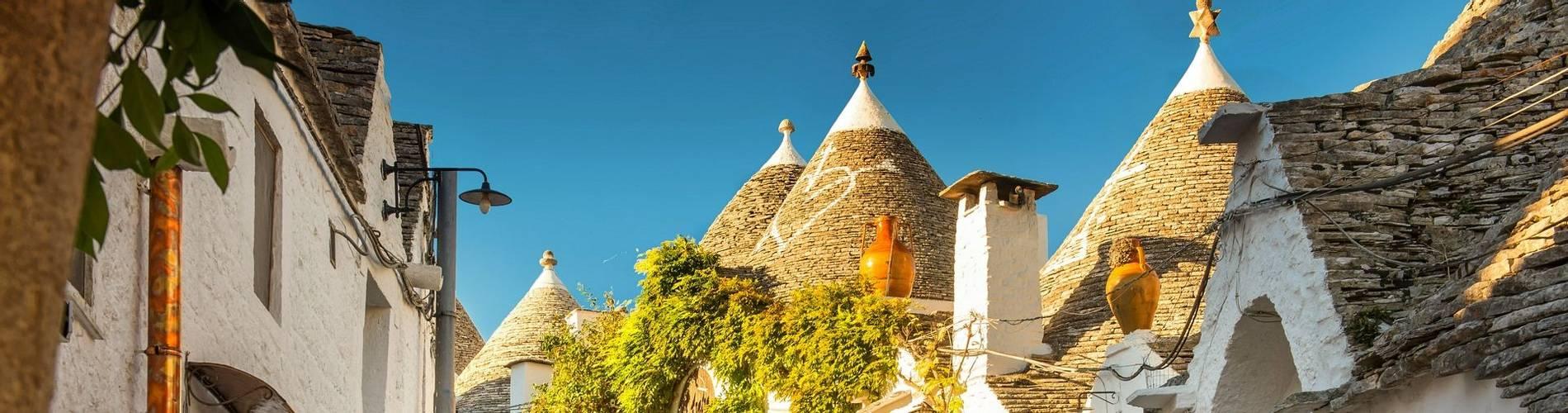 Alberobello, Puglia.jpg