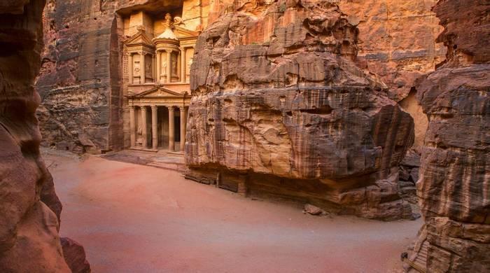 Petra, Jordan Shutterstock 167961284