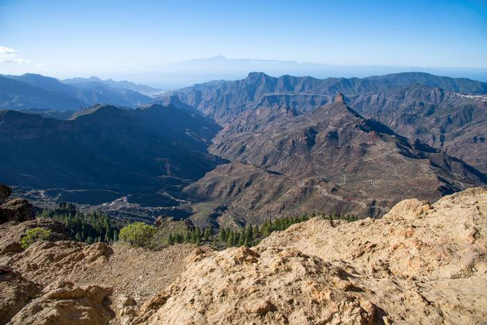 Viewpoint from the Roque Nublo shutterstock_1462181837.jpg