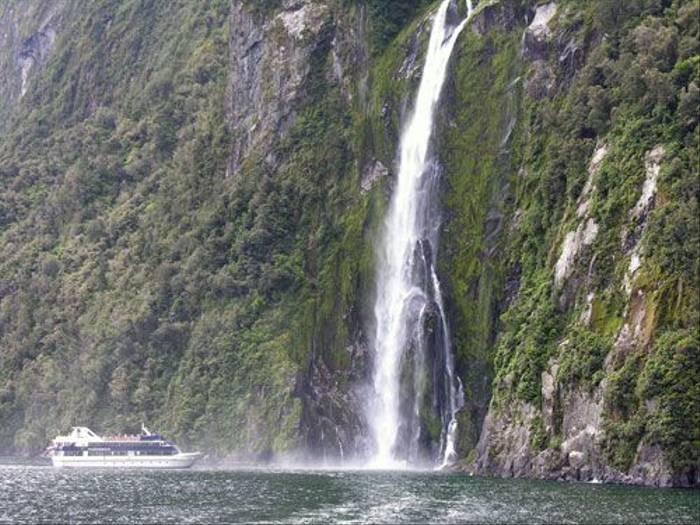 Milford Sound (Steve Wakeham)
