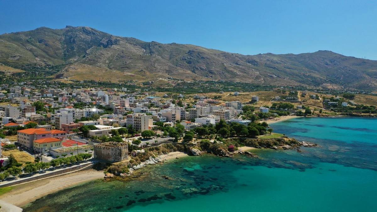 The coast of Evia - Greece - Bay of Karystos