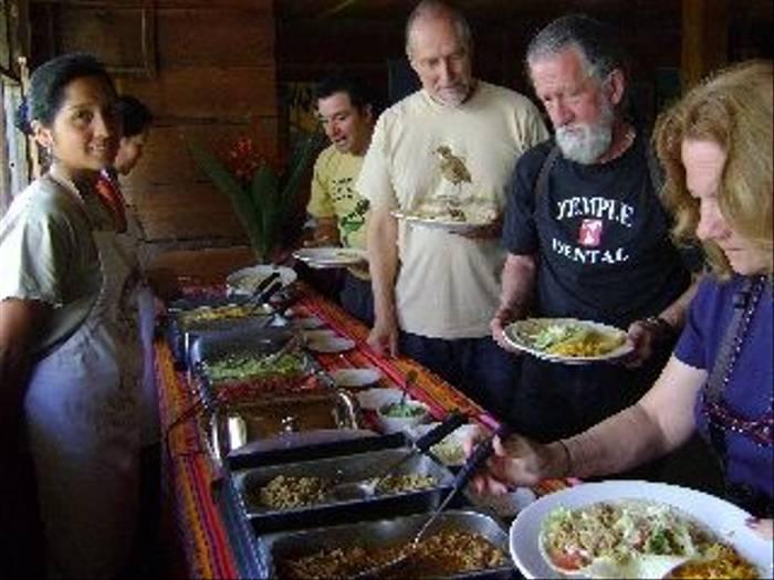 San Isidro, buffet