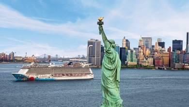 NYC - ncl_Brkwy_Aerials_Statue_Lbrty_RET21.jpg