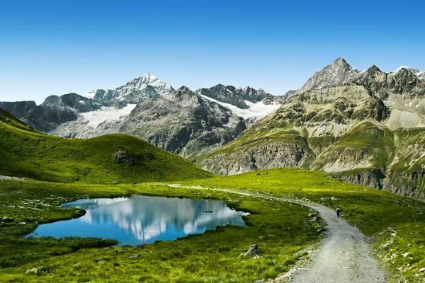 Swiss Alps shutterstock_132415193.jpg