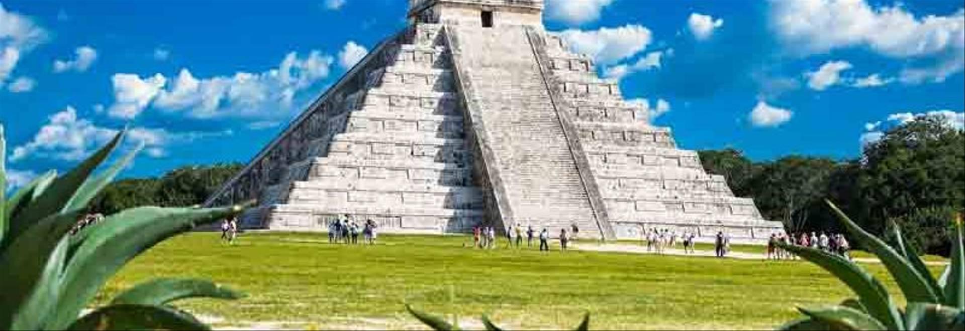Chichen Itza, Mexico.jpg