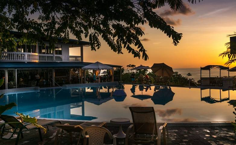 Costa Rica - HOTEL CRISTAL BALLENA.jpeg