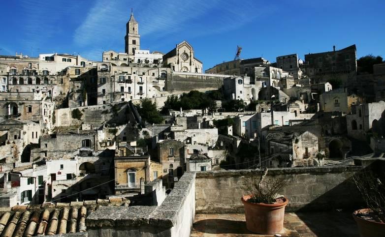 Italy-Puglia_Matera_Skyline_LR.jpg