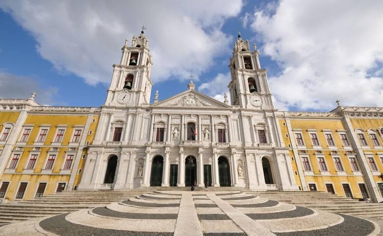 Portugal - Ericeria - AdobeStock_30068437.jpeg