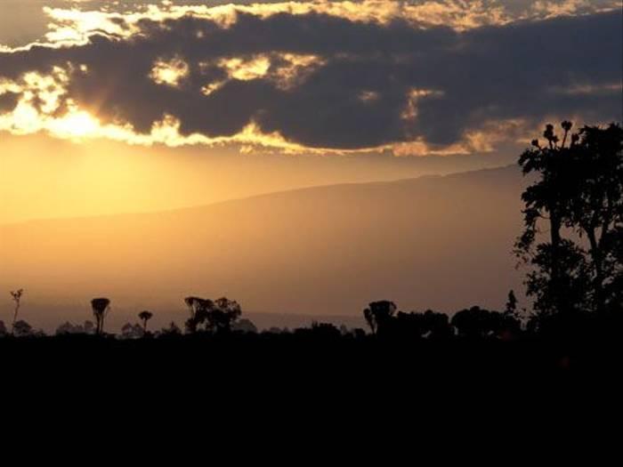 Kenyan sunset (Julia Casson)