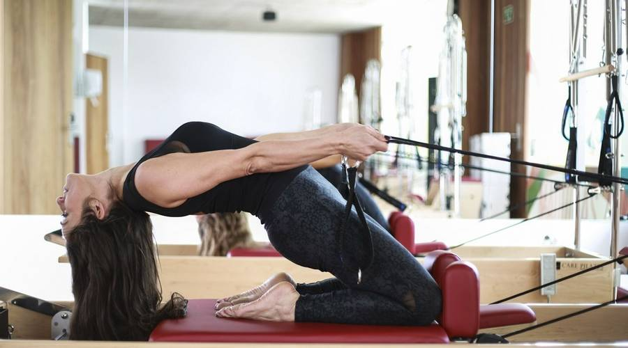 Differences Between Yoga & Pilates