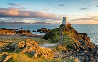 Anglesey - Wales - Guided Trail - Ynys Llanddwyn_AdobeStock_141016029
