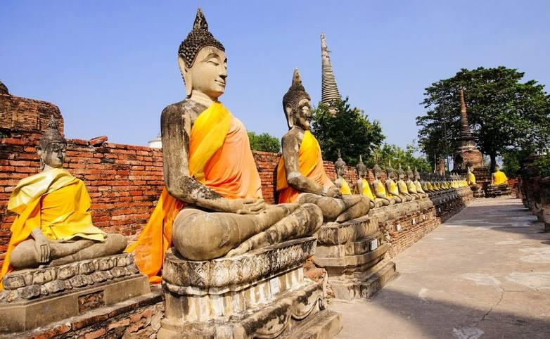 Thailand - Wat Yai Chai Mongkol, Ayutthaya - AdobeStock_63116766.jpeg
