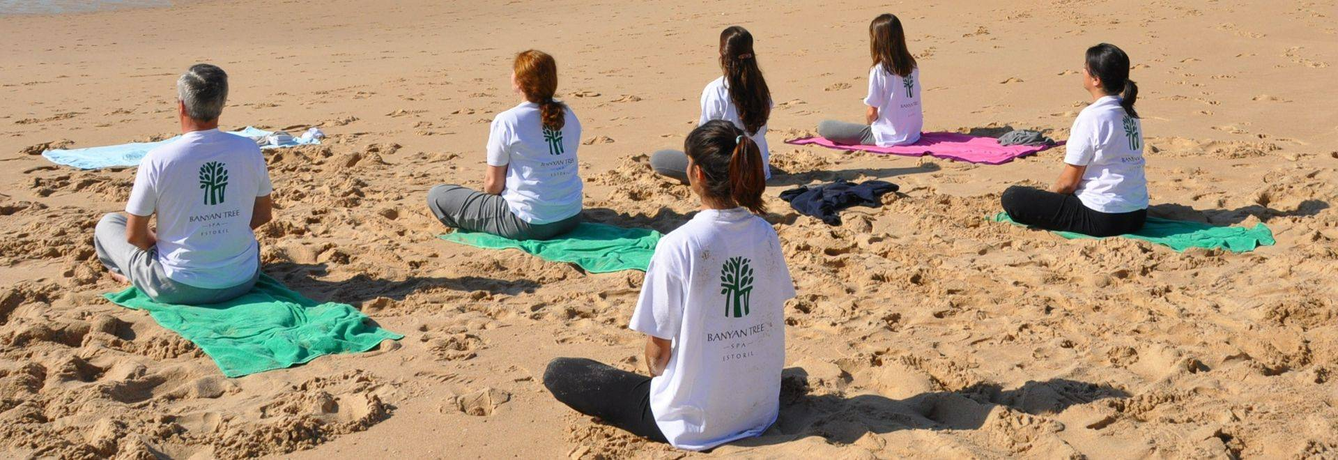Palacio-Estoril-yoga-class-beach.JPG