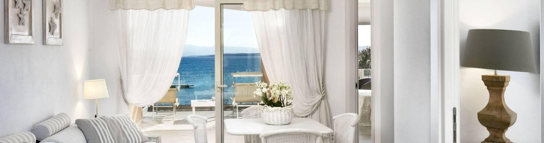 Luxury Suite - Gabbiano Azzurro Hotel _ Suites Sardegna - stampa.jpg