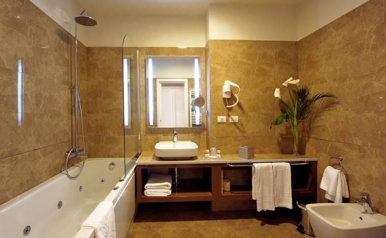 Palazzo San Lorenzo Hotel & Spa - Bagno.jpg