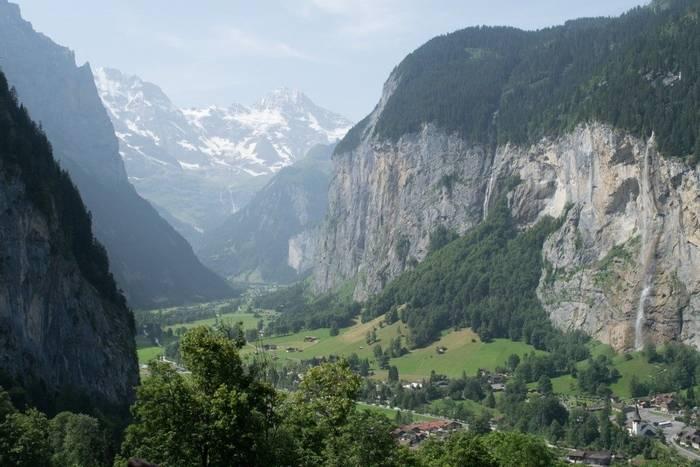 Lauterbrunnen Valley (Jon Stokes)