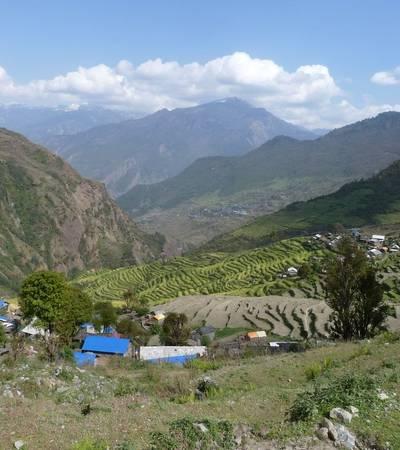Khading village (2,025m)