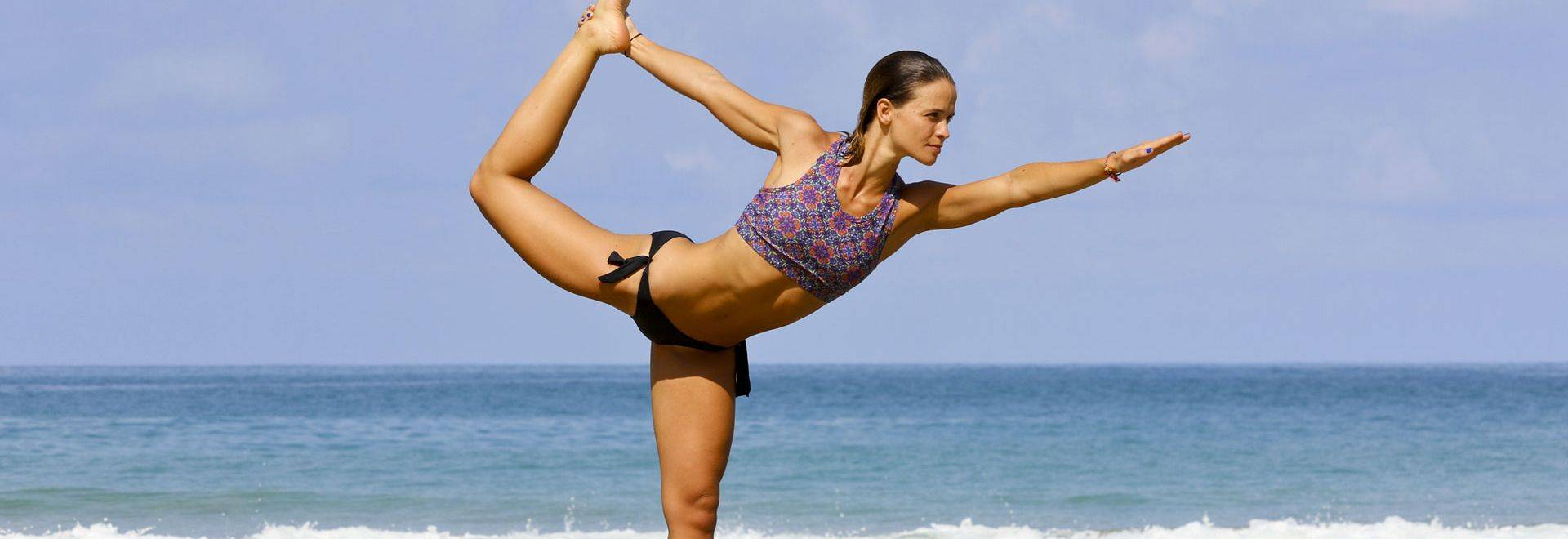 Phuket-Cleanse-yoga-dancer-pose.jpg
