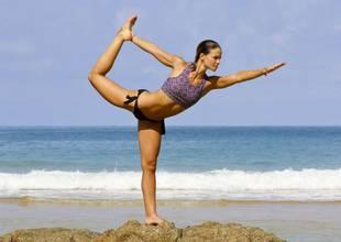 Phuket-Cleanse-yoga-dancer-pose.jpg