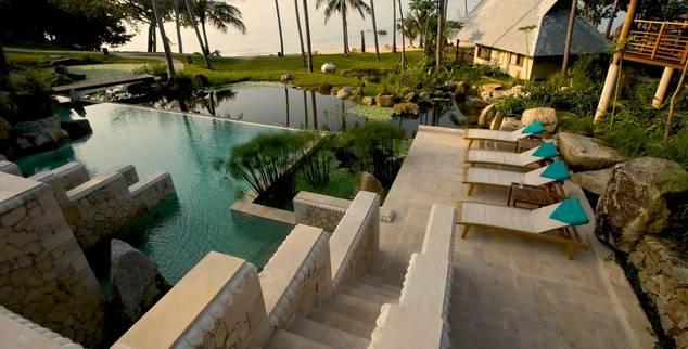poolside at Zen Resort