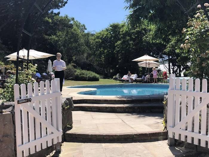 White House Hotel pool 3.jpg