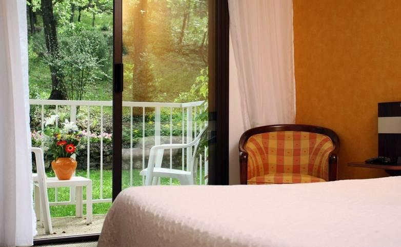 France - Villa Borghese - Bedroom.JPG