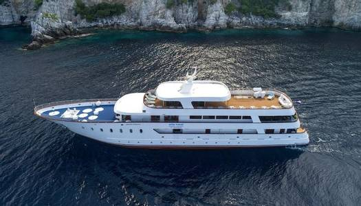 Dalmatian Highlights Cruise from Dubrovnik