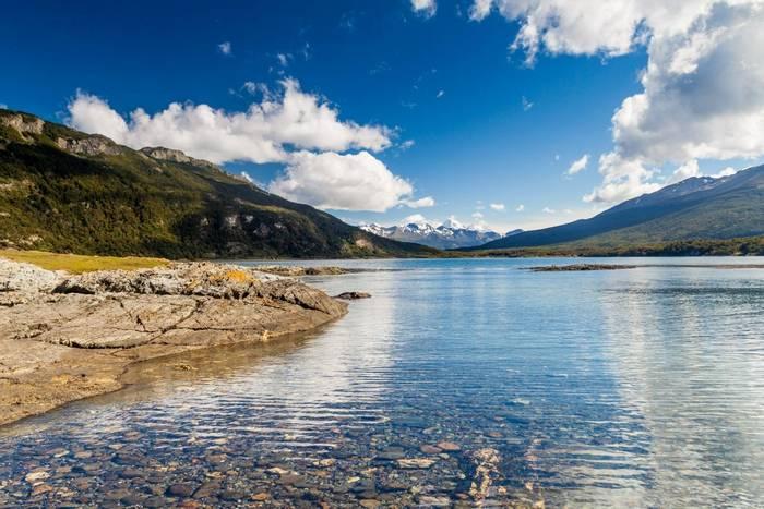 Lapataia Bay, Tierra del Fuego shutterstock_274734605.jpg